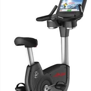 LifeFitness DISCOVER™ SE UPRIGHT LIFECYCLE® EXERCISE BIKE 5258.40 GBP